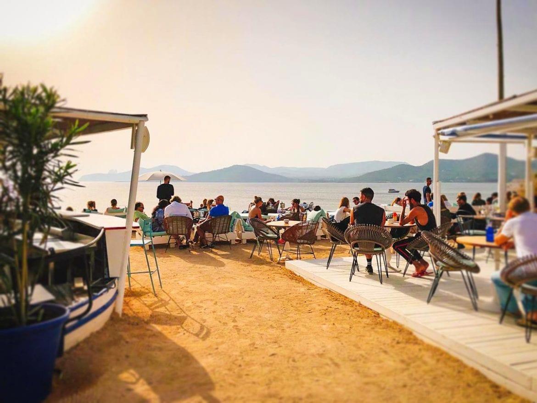 Cap des Falco (Experimental Beach) – Besos de Ibiza