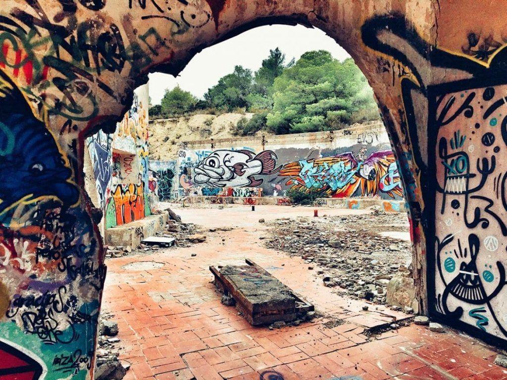 De ruïne van Festival Club