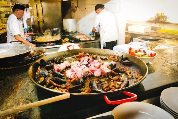 Can Pujol Ibiza vis zeevruchten paella schaaldieren