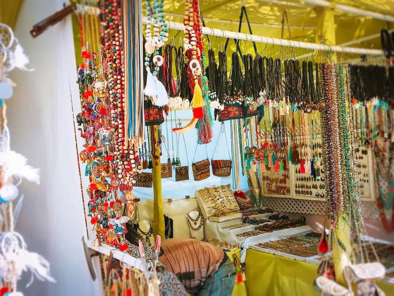 Hippiemarkten op Ibiza: een overzicht