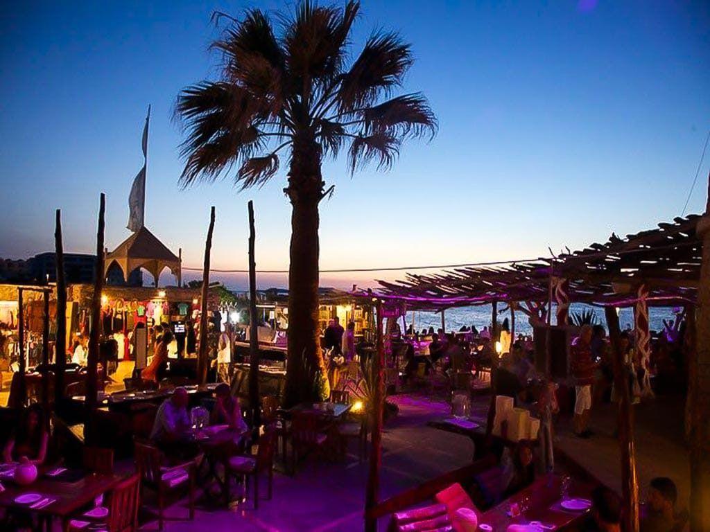Sunset bar: Kumharas