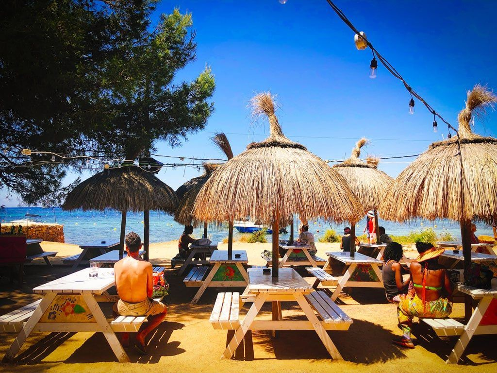 chirincana ibiza restaurant strand bar hippie