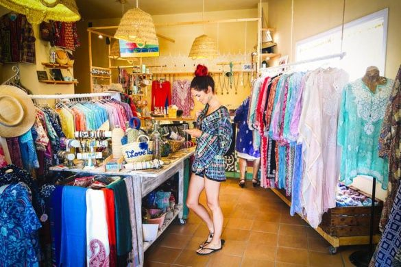 Colourful shopping: Aurobelle