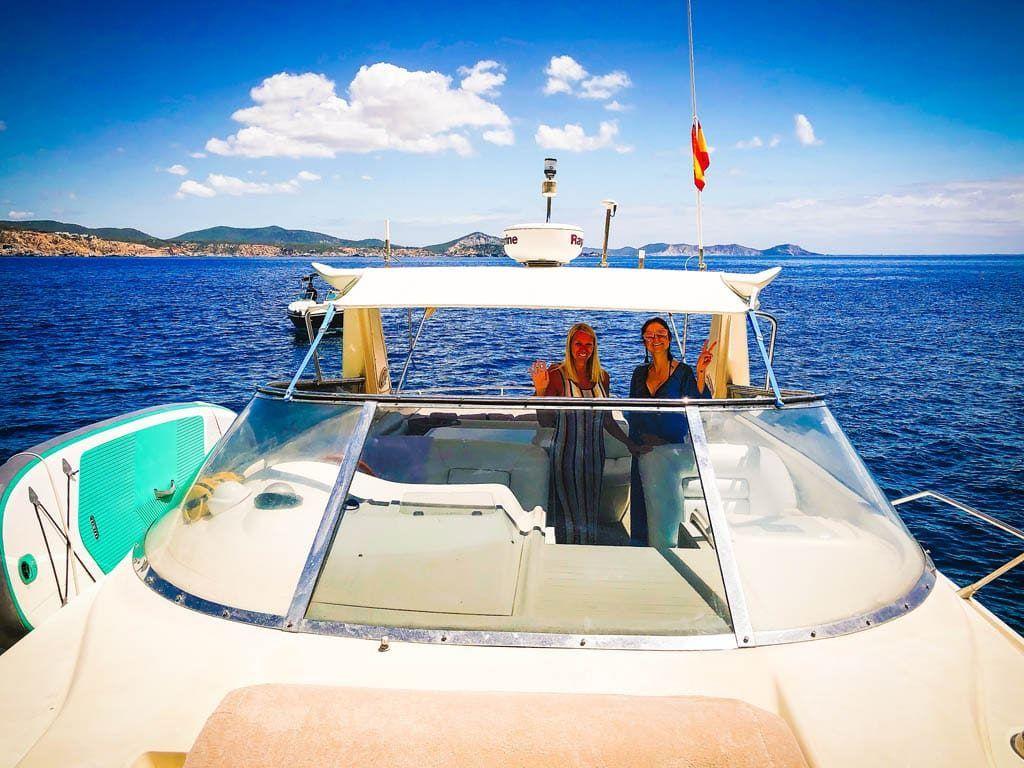 Nieuw! Besos boat tour by Nela charter Ibiza