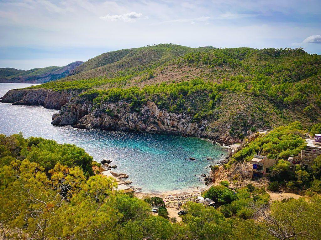 Cala d'en Serra ibiza baai strand noorden