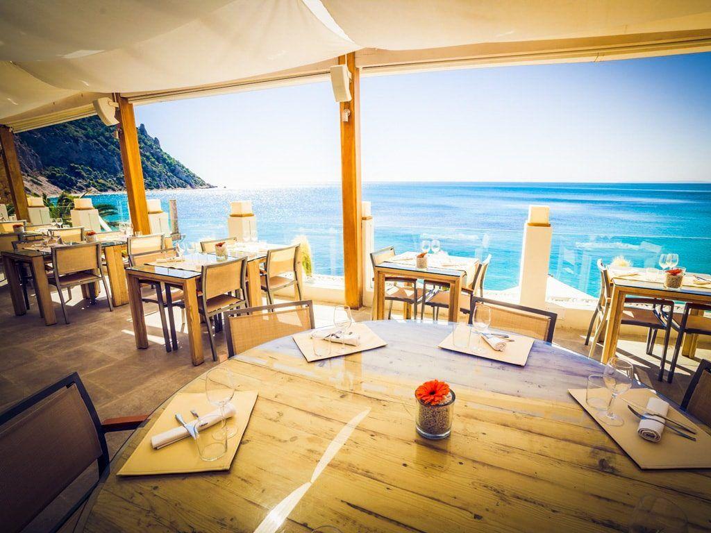 tips ibiza lunch diner zicht op zee