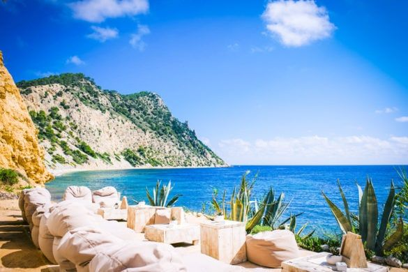 tips ibiza lunch zee strand uitzicht