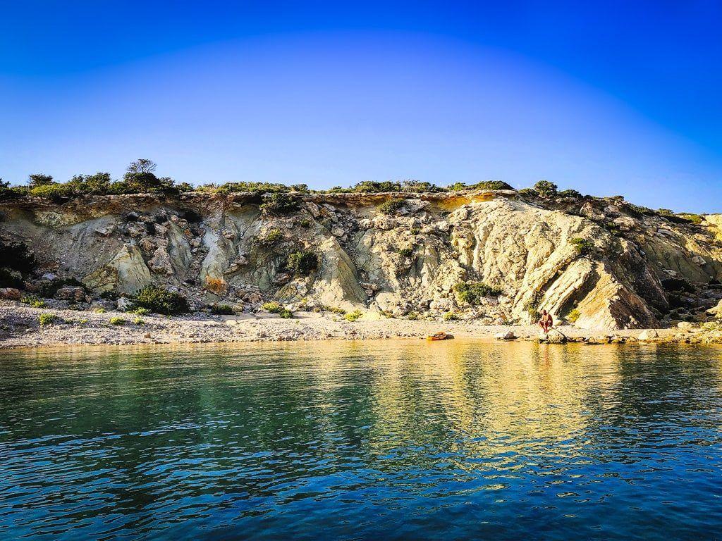secret beach ibiza geheim strand baai illa conillera